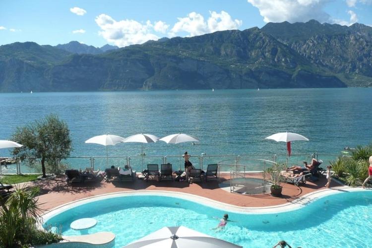 Ambient Hotel PrimaLuna - Lake Garda (Malcesine)