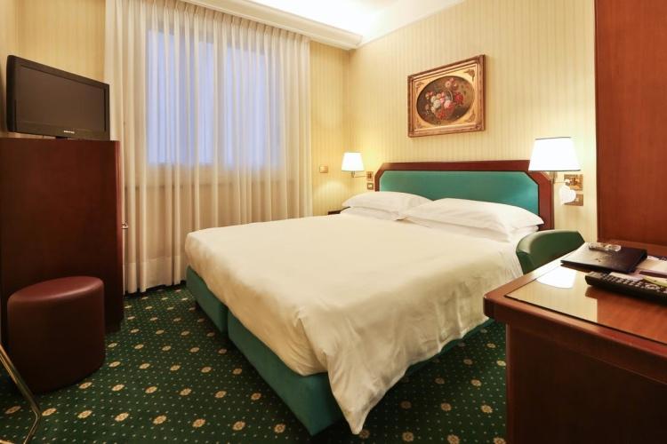 Astoria Hotel - Milan - DeAngeli