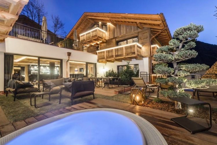 Hotel Montchalet - Ortisei