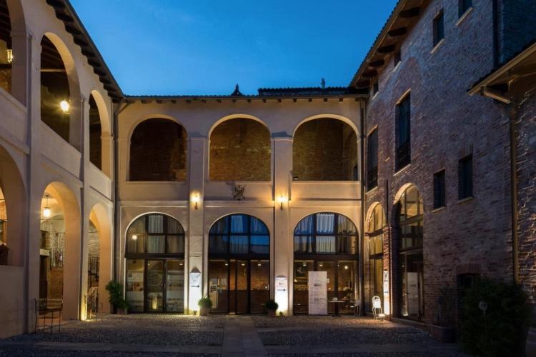 Relais Palazzo Paleologi (Monferrato region)