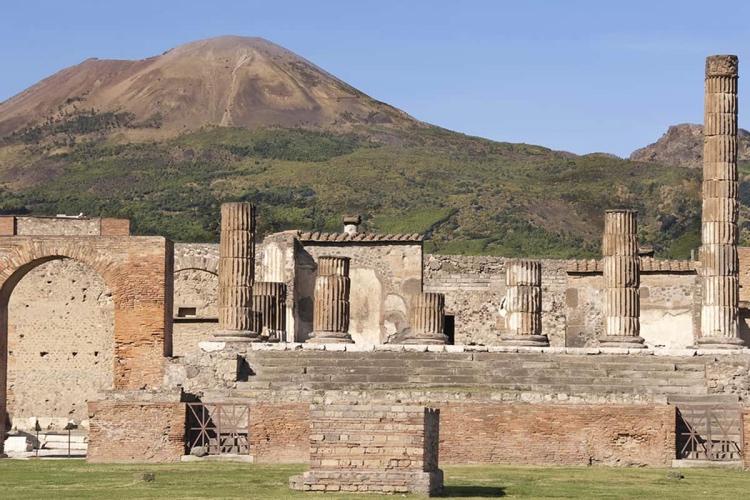Pompei and Vesuvio