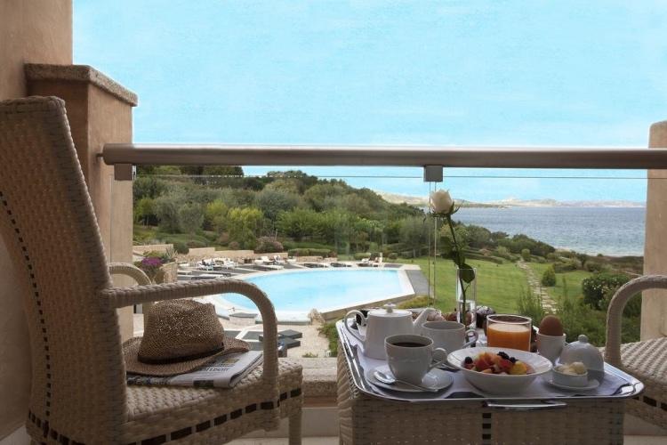 L'Ea Bianca Luxury Resort - Cala dei Ginepri