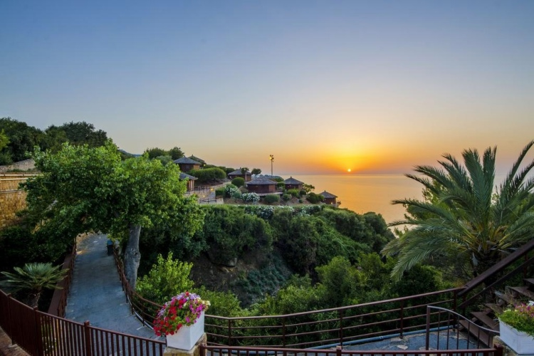 Calanica Resort - Cefalu' (Palermo area)