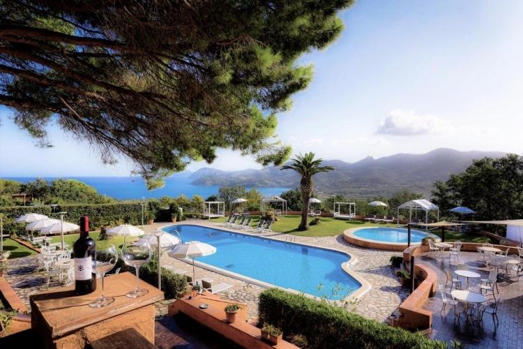 Le Picchiaie Resort - Elba