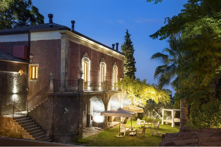 Monaci delle Terre Nere - Zafferana (Catania area)