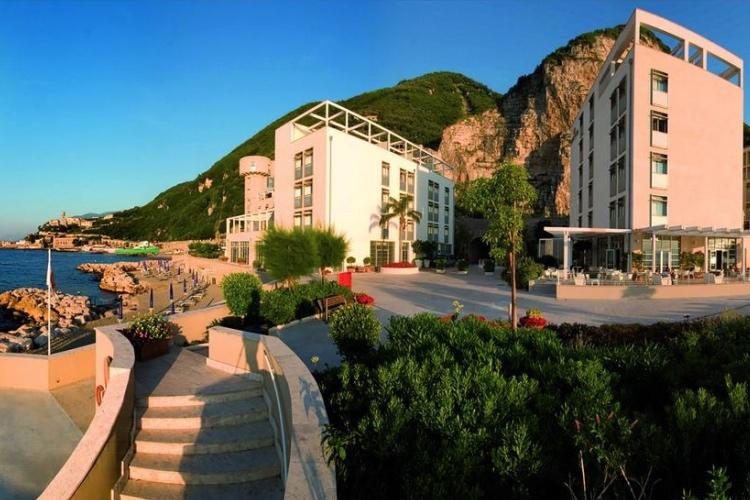 Towers Hotel Stabiae - Castellammare (Gulf of Naples)