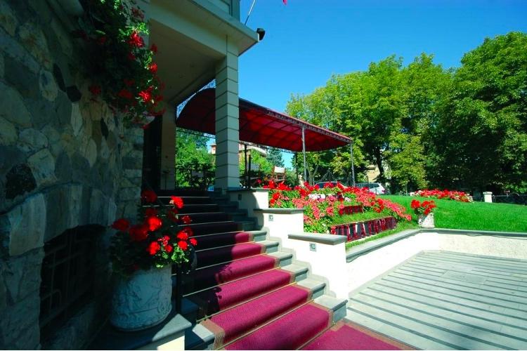Hotel Villa Fiorita - Colfiorito (Foligno area)