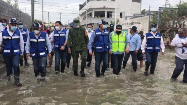 Este martes el Gobernador firmó la solicitud de Declaratoria de Emergencia y Desastre, posteriormente hizo un recorrido por zonas que resultaron más afectadas.