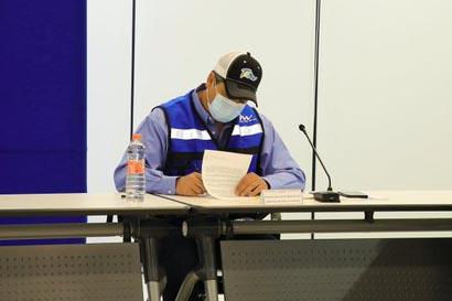 El gobernador Francisco García Cabeza de Vaca firmó la solicitud de Declaratorias de Emergencia y Desastre, solicitando recursos del Fonden para atender a 69 mil personas damnificadas en Reynosa, Valle Hermoso y Díaz Ordaz.