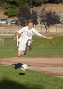 Wyatt-Clancy-Soccer-08