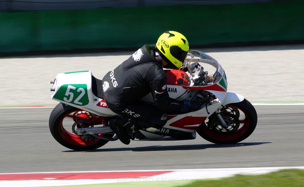 Stuart Thomas (Yamaha TZ), YC250. (ICGP Brasil)
