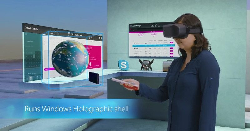 Windows Holographic VR