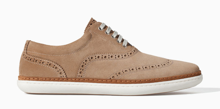 men's beige wing tip lace up sneaker