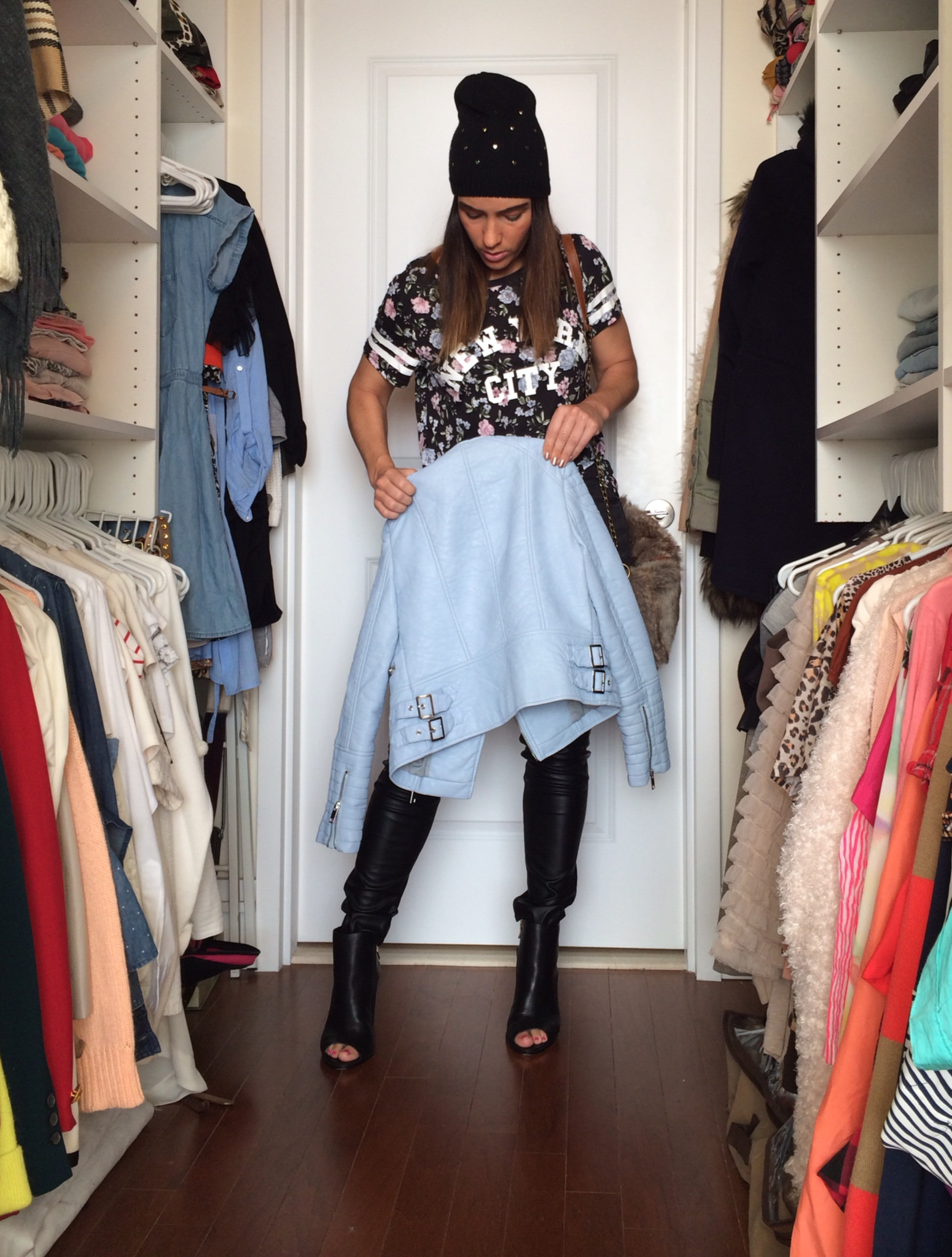 baby-blue-leather-heart-hat-leather-pant-fur-purse-floral-tee-3