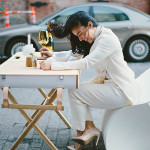 urtensils-picnic-basket-turned-table-flux-folding-chair