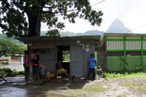 people-of-soufriere-saint-lucia