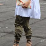 green-silk-pants-white-zara-poplin-dress-ootd-fashion-blogger-25