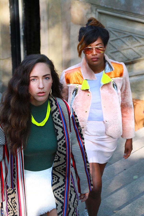 danidk-merideth-morgan-female-bloggers-fall-jacket-trends-2016-14
