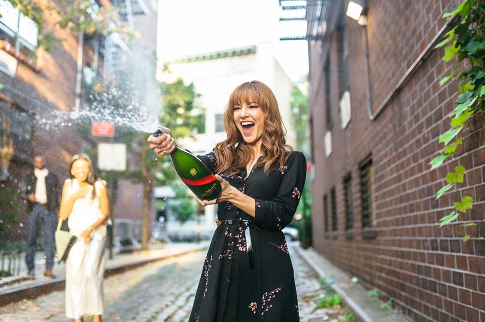 mumm-champagne-stylist
