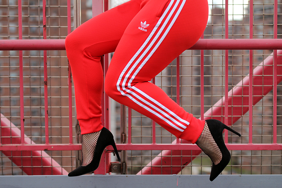 dress-up-adidas-trackpants-4