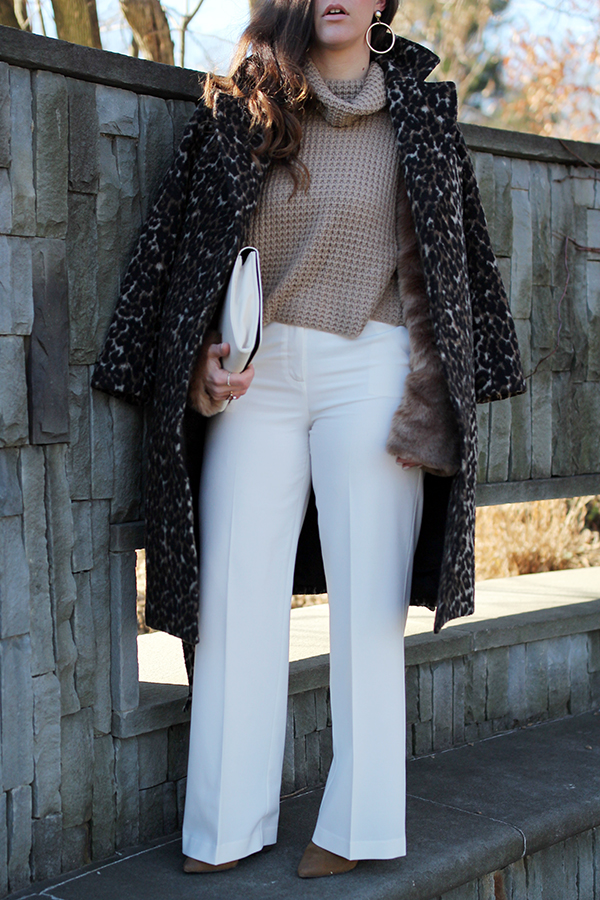 wide-leg-white-pant-fur-sleeve-sweater-16