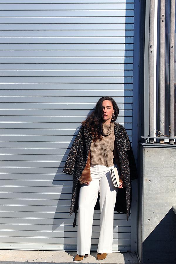 wide-leg-white-pant-fur-sleeve-sweater-23