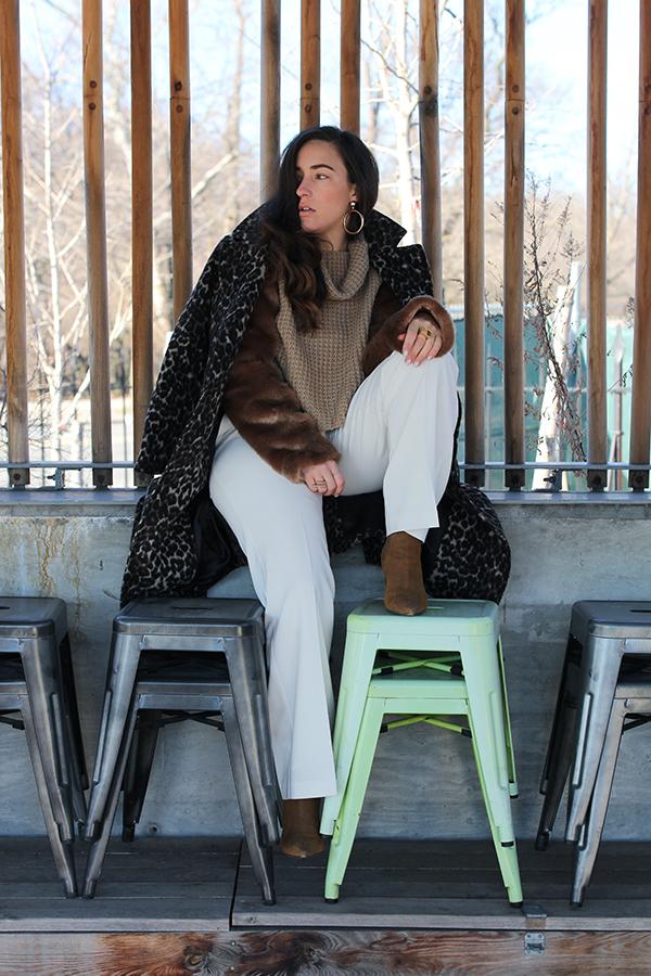 wide-leg-white-pant-fur-sleeve-sweater-25