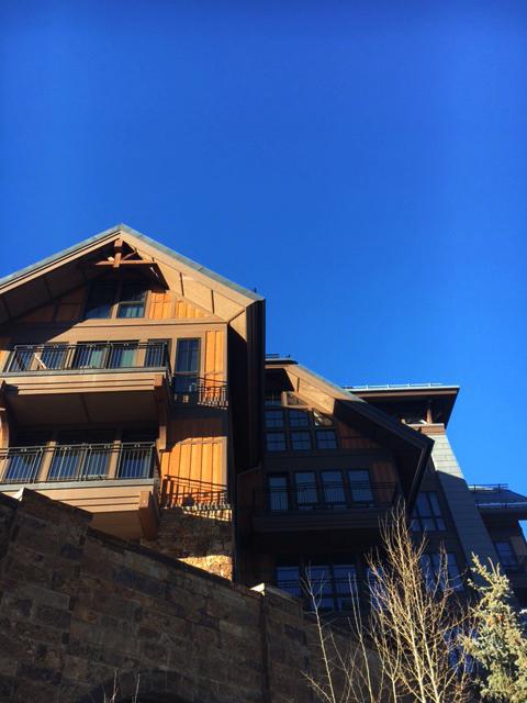 Vail-Colorado-us-burton-open-skiing-travel-blogger-25
