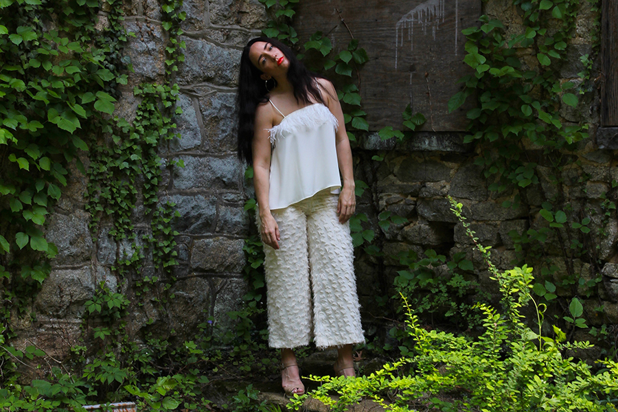 all-white-summer-stylist-outfit-22