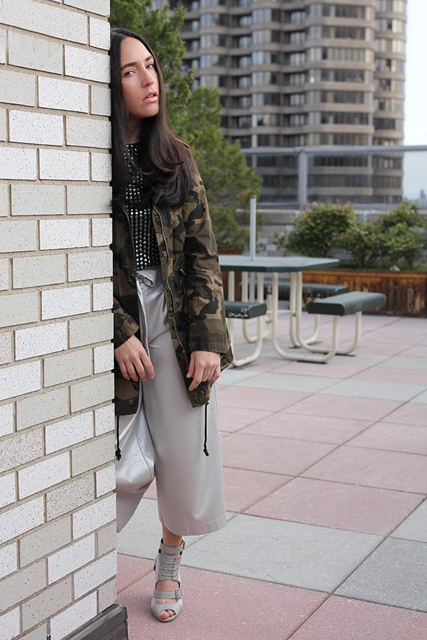 metallic-culottes-maja-camo-jacket-sequin-tee-17
