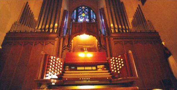 The Schantz Organ at East Side Lutheran Church