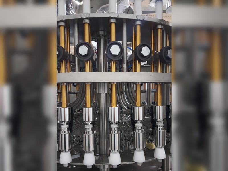 Pressure Gravity Bottle Filling Machine
