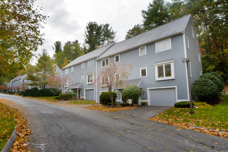 58 Country Hill Lane Haverhill, MA 01832