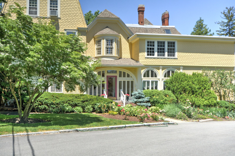 250 N Main St Andover MA Open House