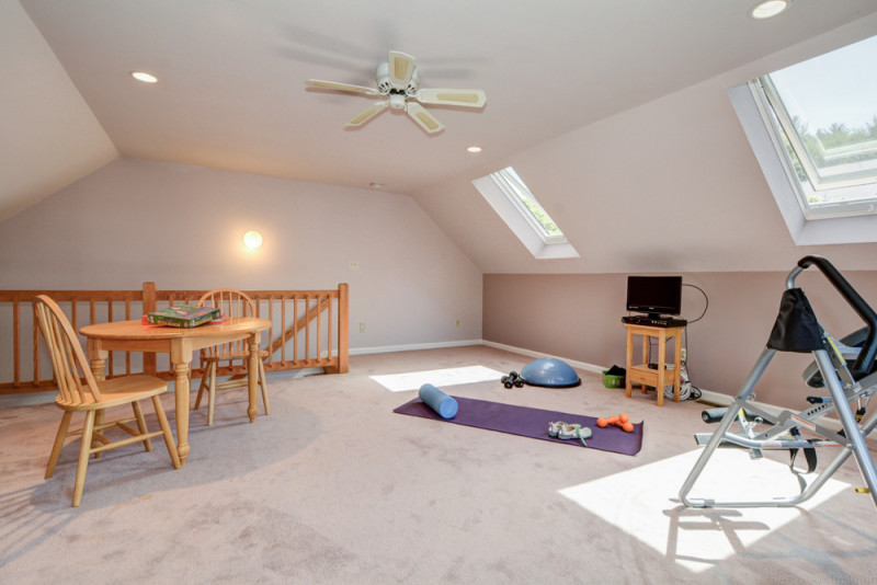 Loft at Country Hollow Village Haverhill Townhouse for Sale