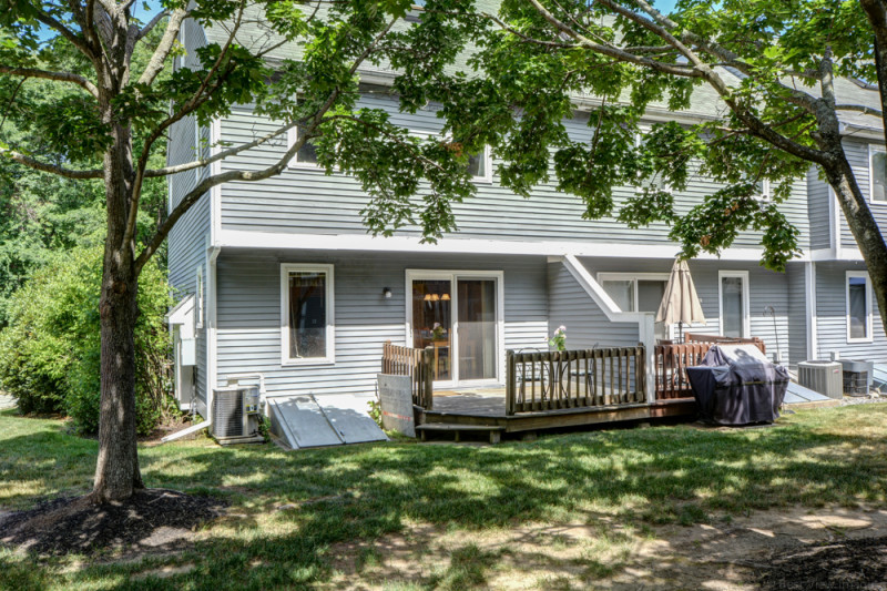 36 Country Hollow Ln Haverhill MA