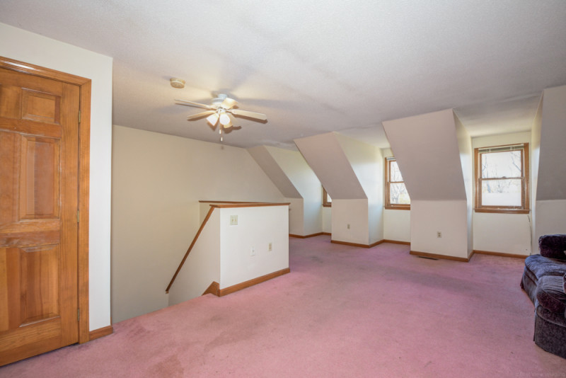 3rd Floor - 52 Merrimack Meadows Tewksbury