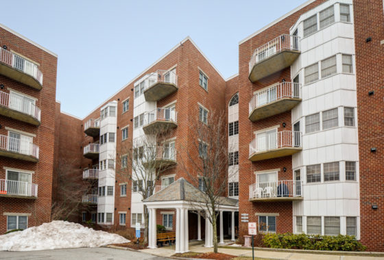 Condo in North Andover for Sale