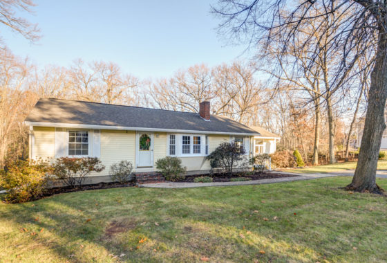 112 Salem St Andover, MA for Sale