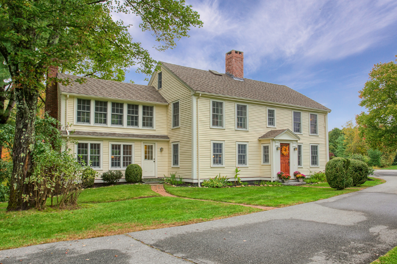 8 Douglass Lane Andover, MA 01810