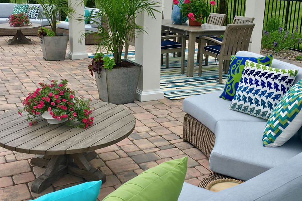 exterior design ideas for an in-ground pool patio