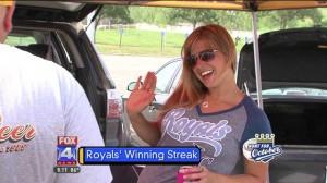 Royals-Fountain-Mom-2