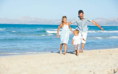 How to Practice Social Distancing While at the Beach