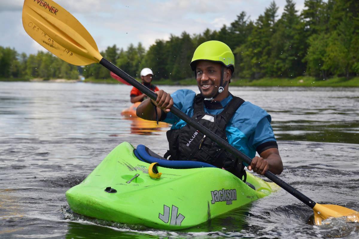 Adult Beginner Ottawa Kayak School Smiling Wilderness Tours National Whitewater Park