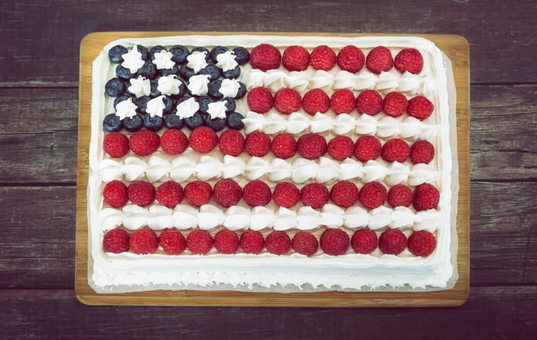Top view of a cake with the USA flag toppers design