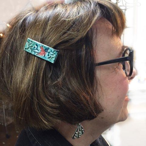 birds hair clip on Beverly
