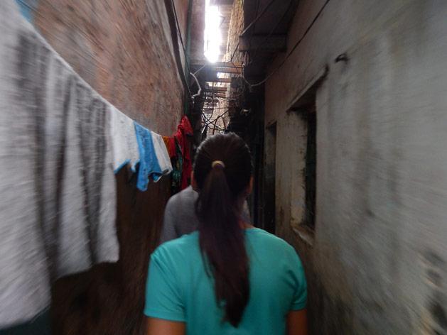 alissa-slum-tour