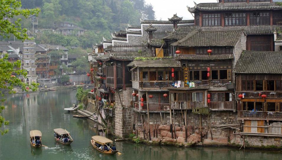 ancient-china-town-river