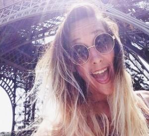 paris-selfie-sunny