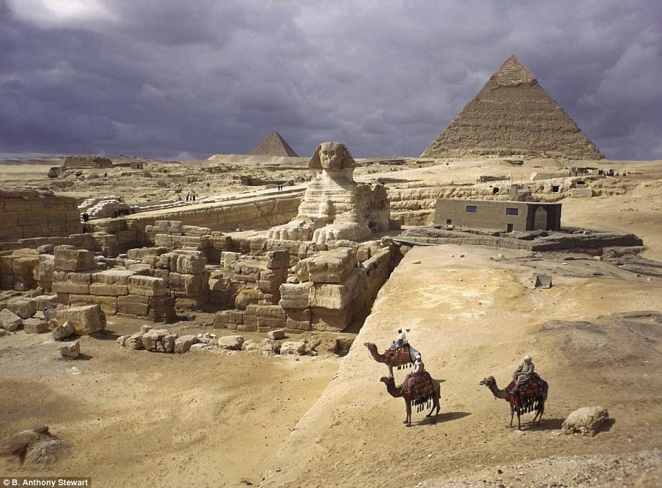 pyramids-1938